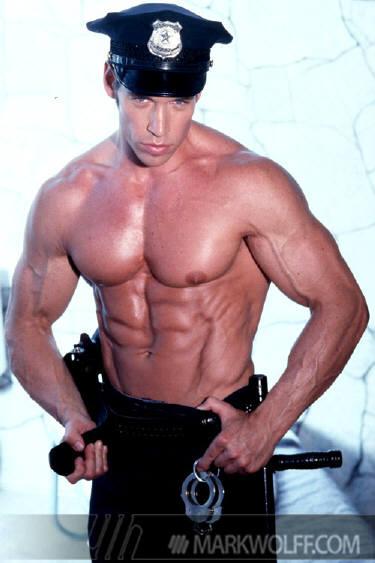 Marine cop musclemen xxx muestra